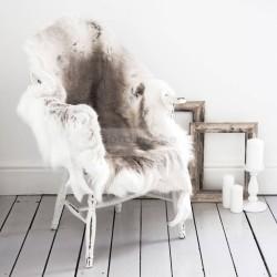 original_reindeer-hide-rug-and-throw