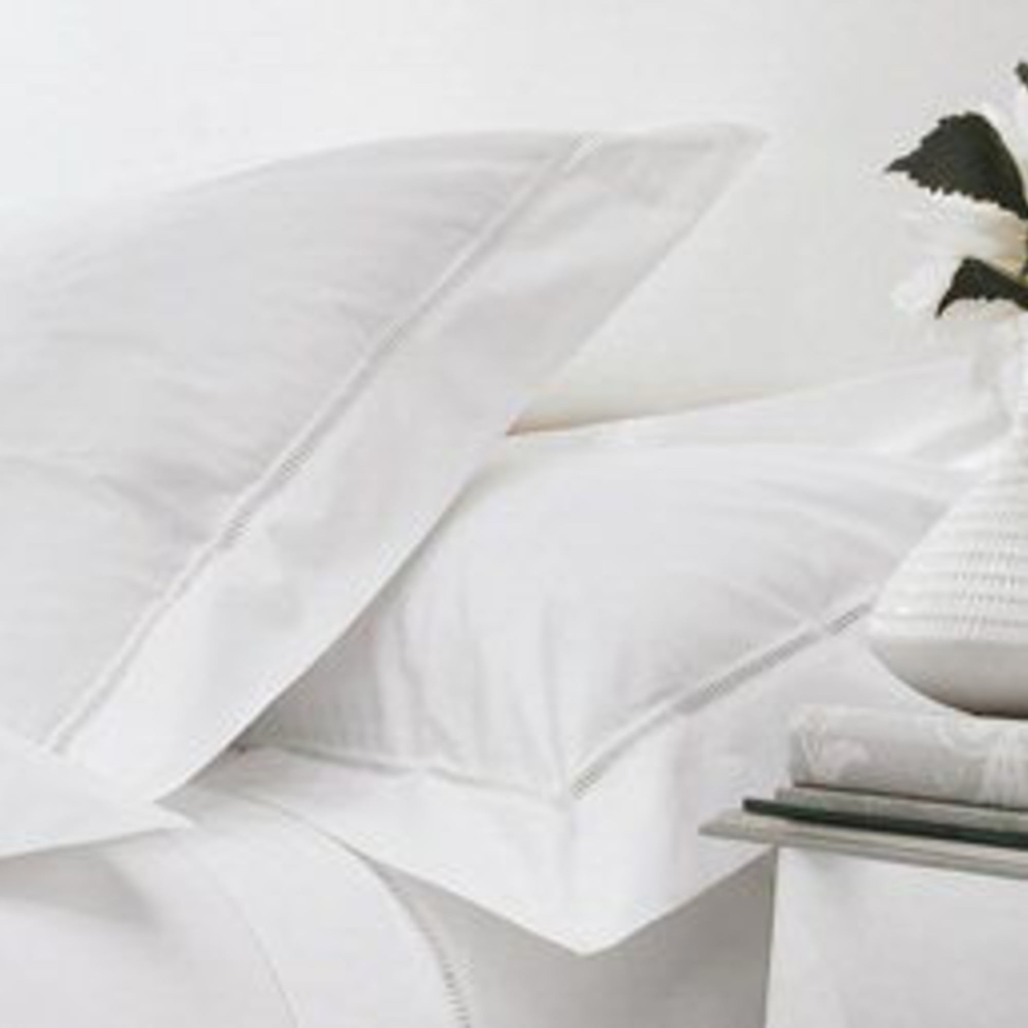 1000tc Luxury Egyptian Cotton Fitted Sheet   Dorchester