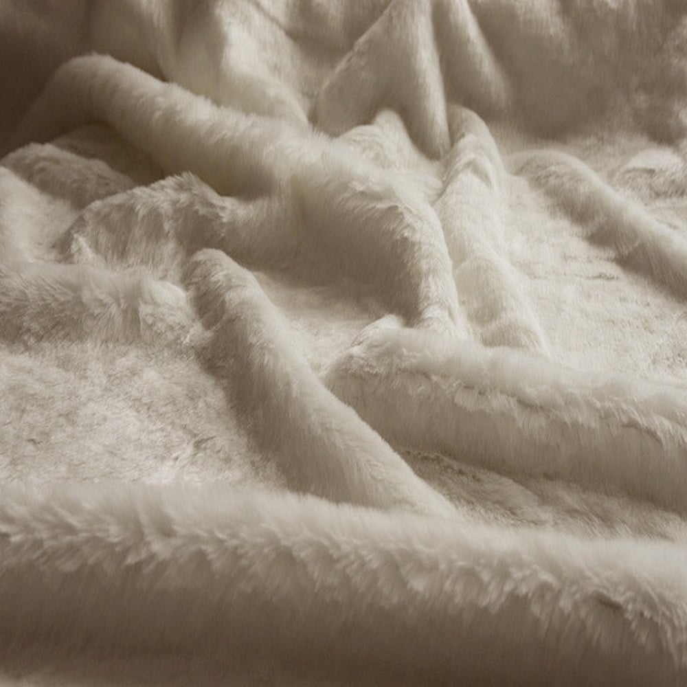 Arctic Fox Faux Fur Throw Blanket Home Lifestyle From The Luxe Company Uk
