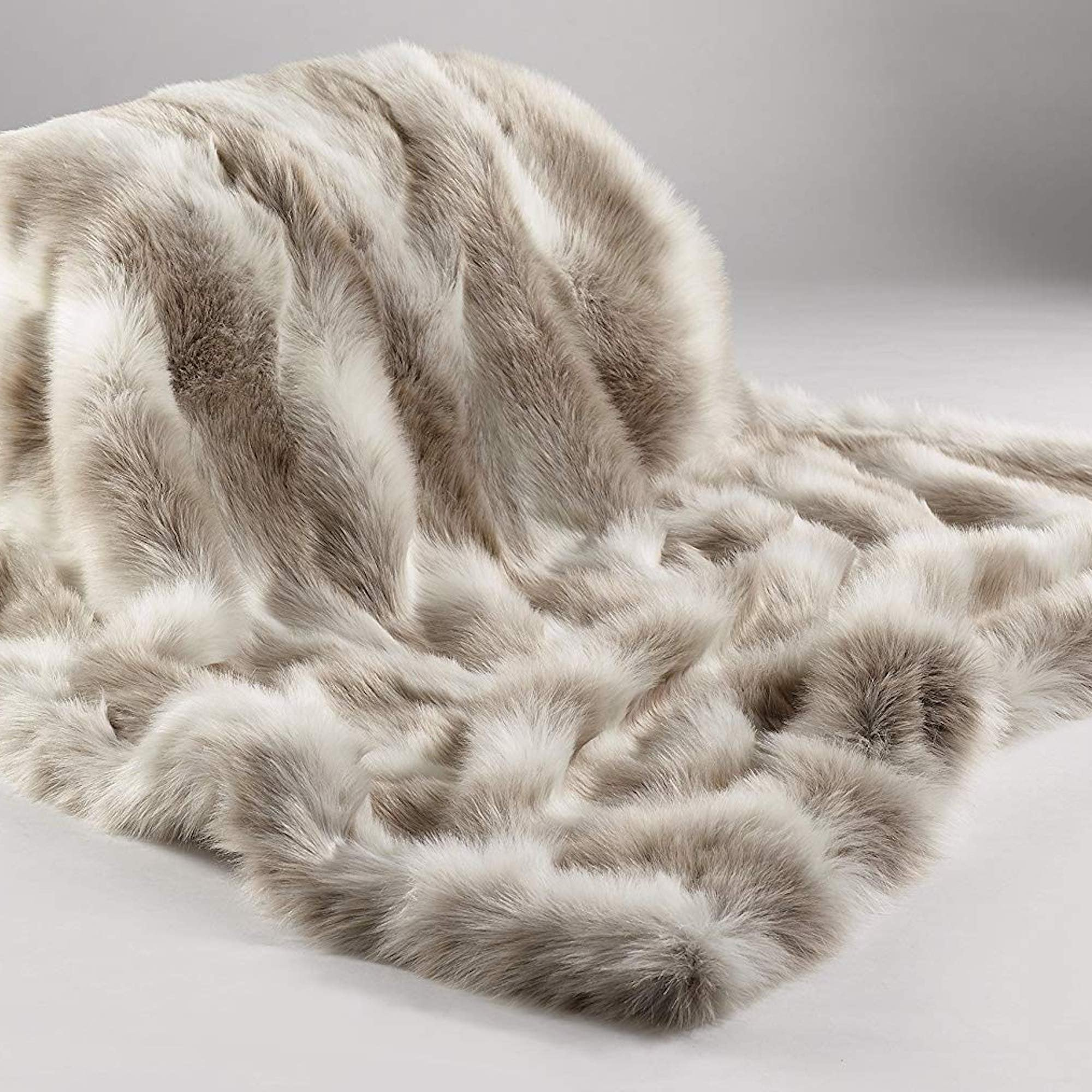 Aspire Interiors Arctic Reindeer Faux Fur Throw Blanket - L   XL fa3617ff53eb8