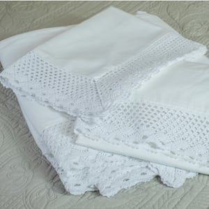 French Lace Edged 200TC Cotton