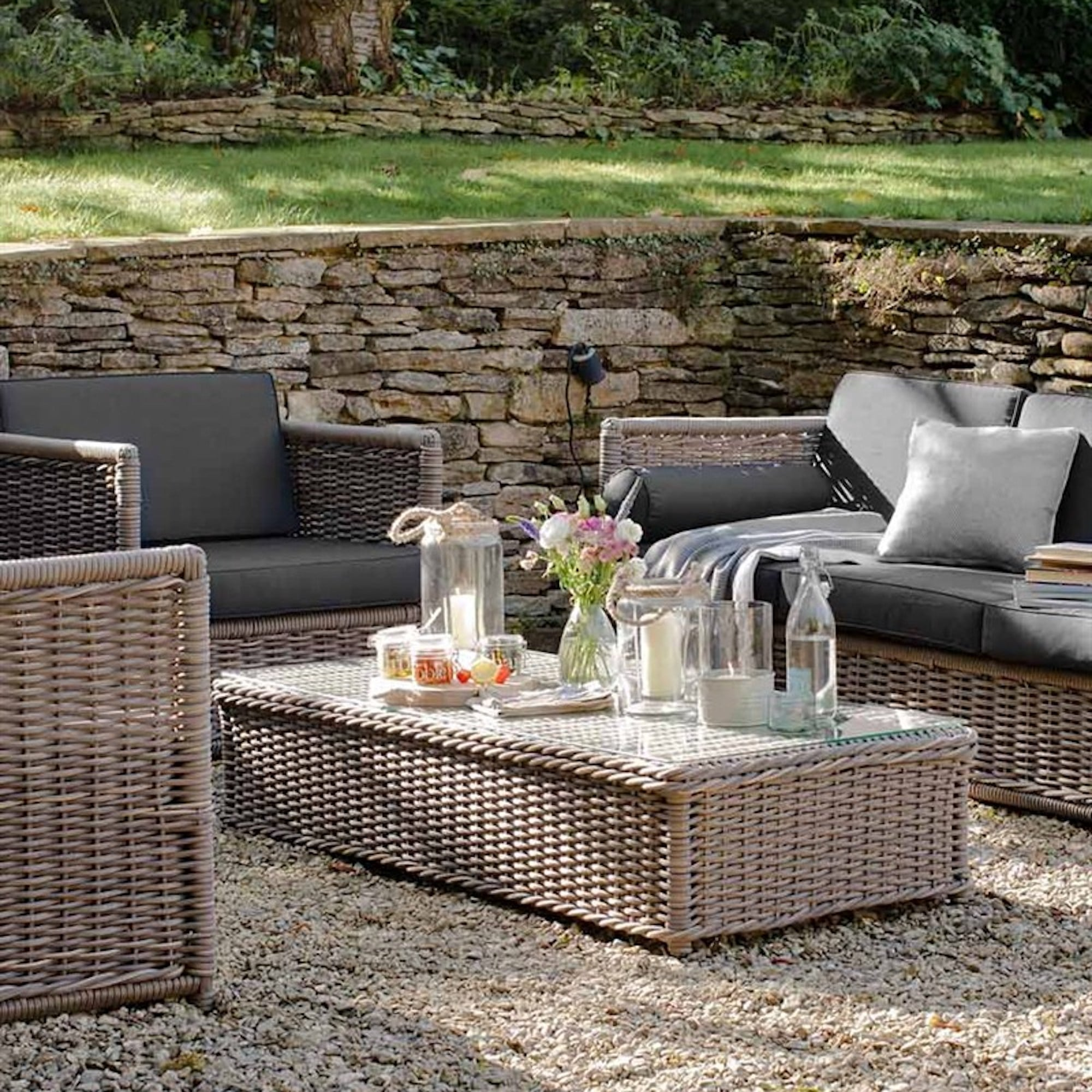 AuBergewohnlich Harting Outdoor Lounge Set   Sofa, 2 Chairs U0026amp; ...