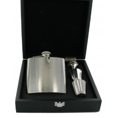 6oz Hip Flask, Funnel & Cups Gift Set