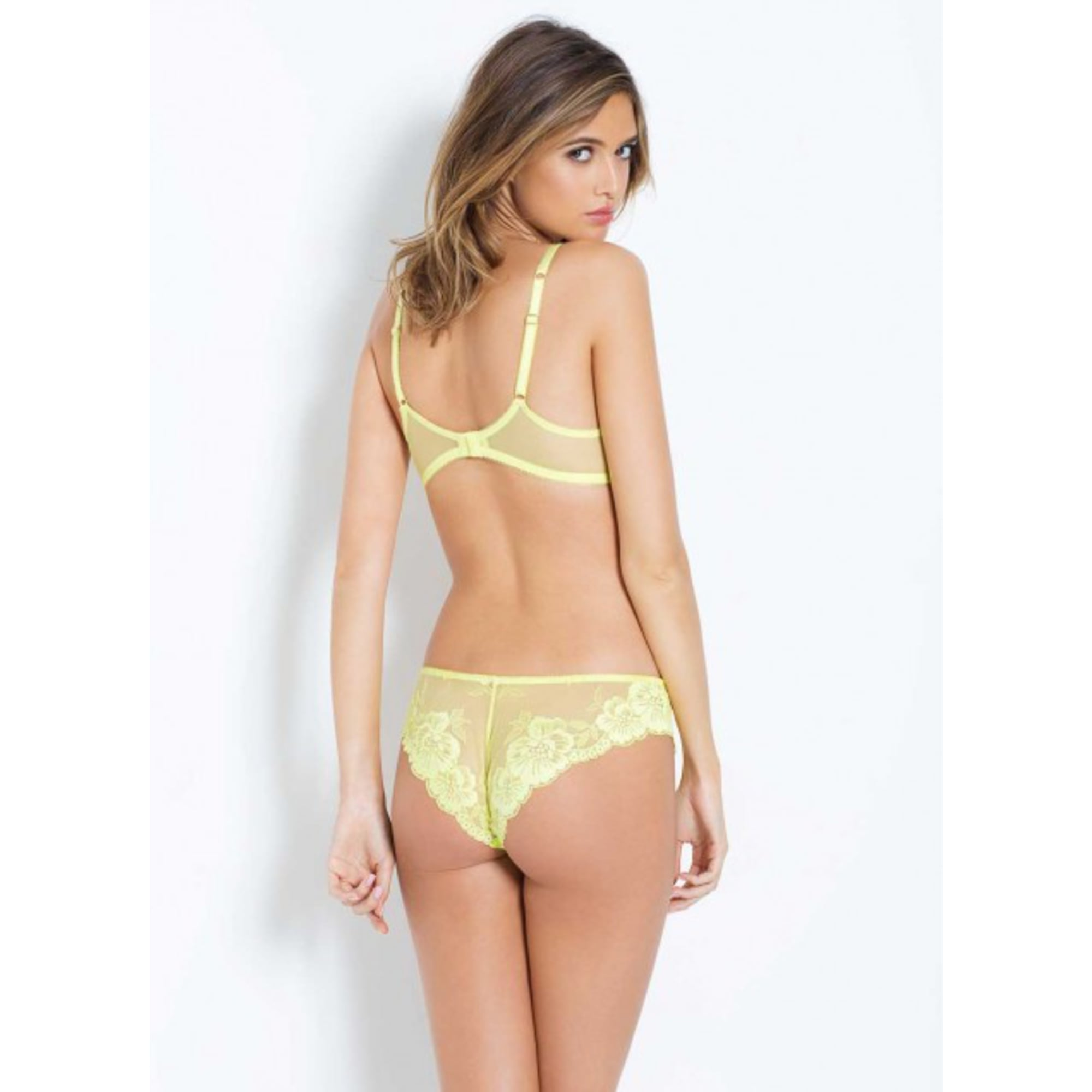 611e62bad1 Cateline Non Padded Plunge in Lace - For Her... from The Luxe Company UK