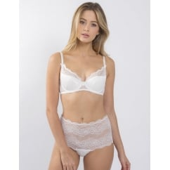 Picture Perfect High-Waisted Knickers