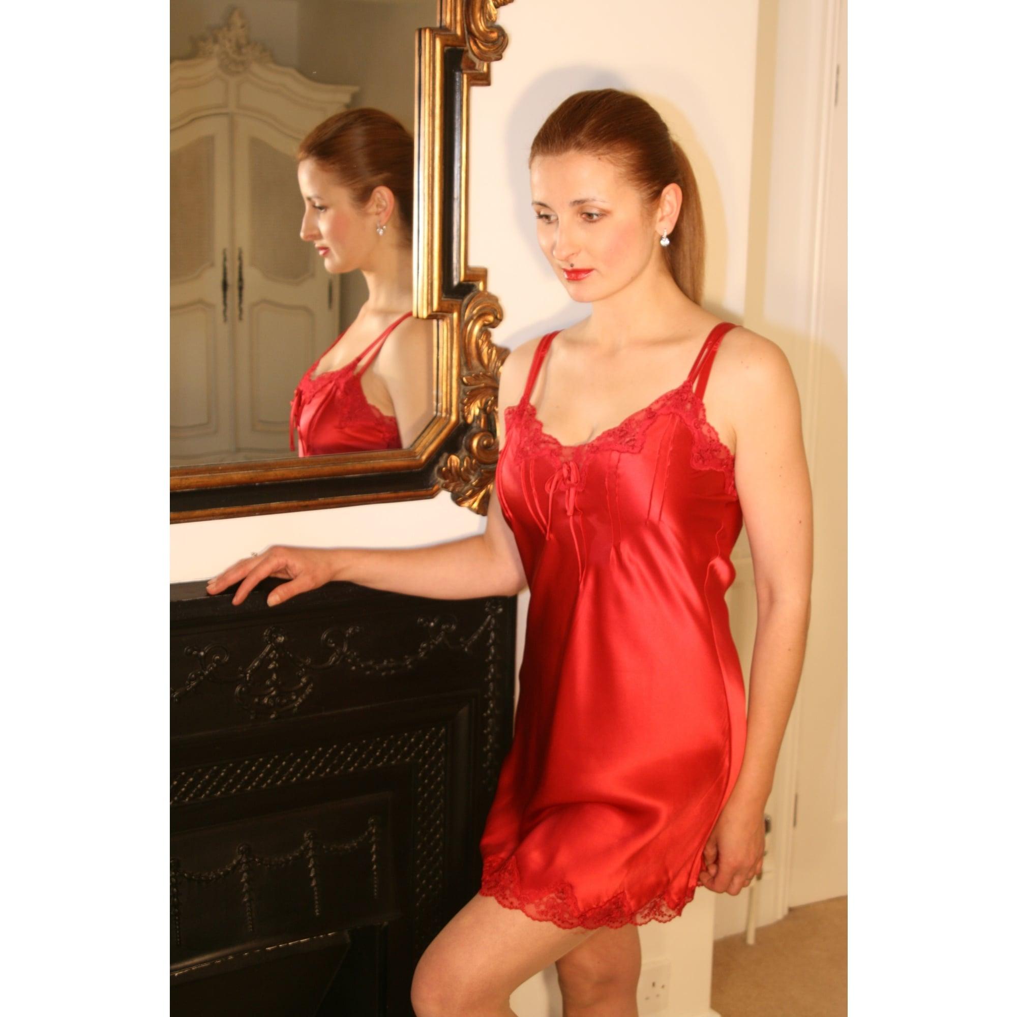 Ginia Scallop Lace Pure Silk Chemise